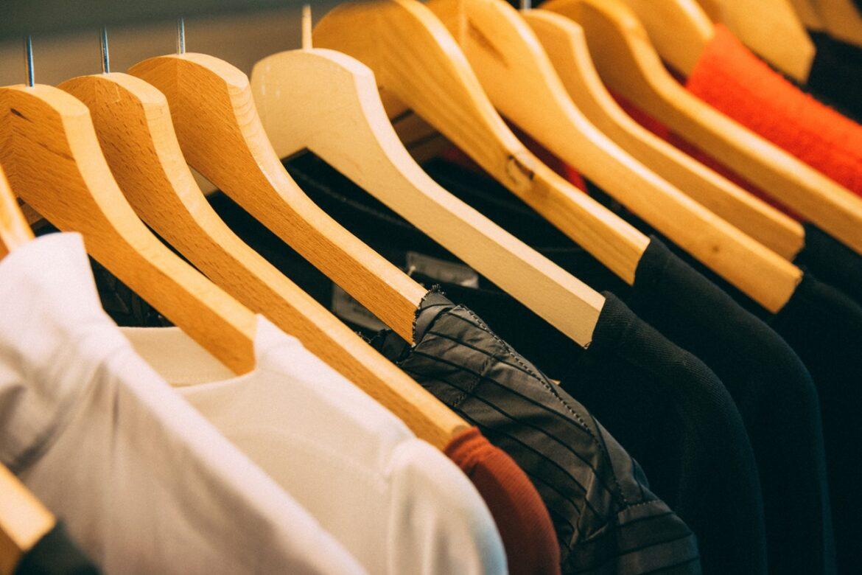Sådan får du dit tøj til at passe sammen – 3 stensikre farvetips