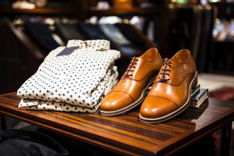 Sådan vælger du de rigtige sko til dit outfit